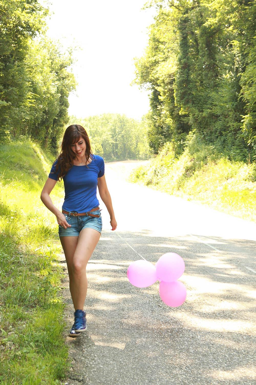 """Photo de Nalya utilisée pour la chanson """"Miss Miles"""" de l'album """"Miss Miles"""""""