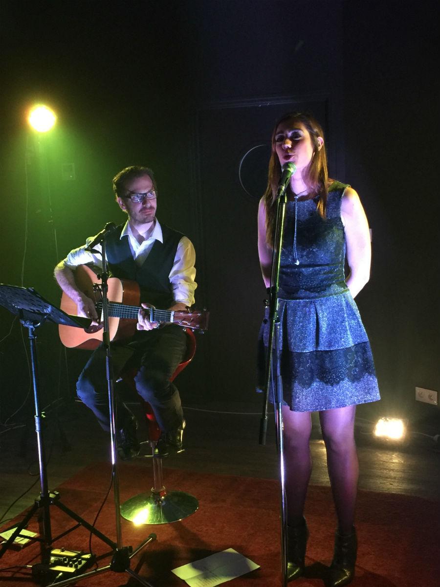 Photo de Nalya et Maxime lors d'un show case
